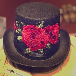 Costume black top hat red 🌹
